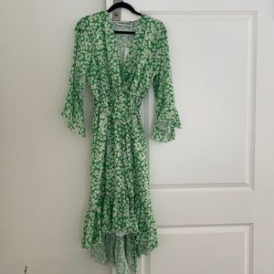 Ruffle midi dress in green daisy/ with tags
